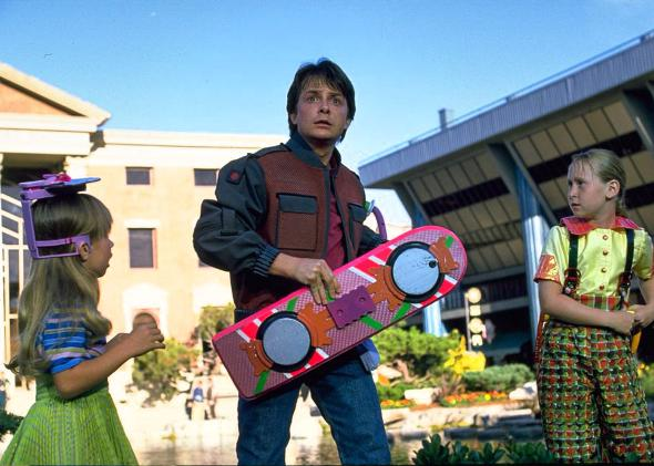 151020_FUT_back-to-the-future-2-hoverboard.jpg.CROP_.promovar-mediumlarge